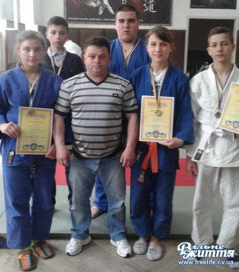 Кіцманські дзюдоїсти успішно виступили на чемпіонаті області