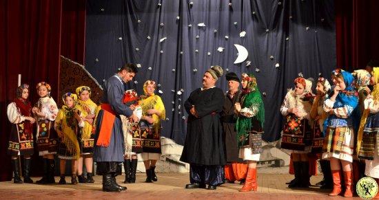 Насичений і результативний тиждень для театралів і танцюристів з Драчинець