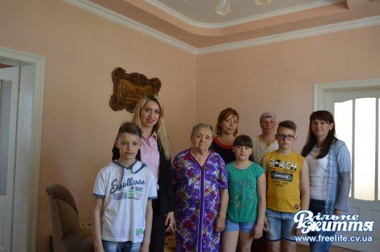 Жительці Кіцманя Марії Терешків призначили іменну довічну стипендію