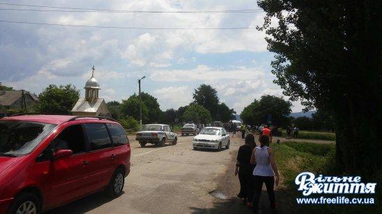 Деталі смертельного ДТП в Мамаївцях: загинули батьки дівчинки із Заставнівщини