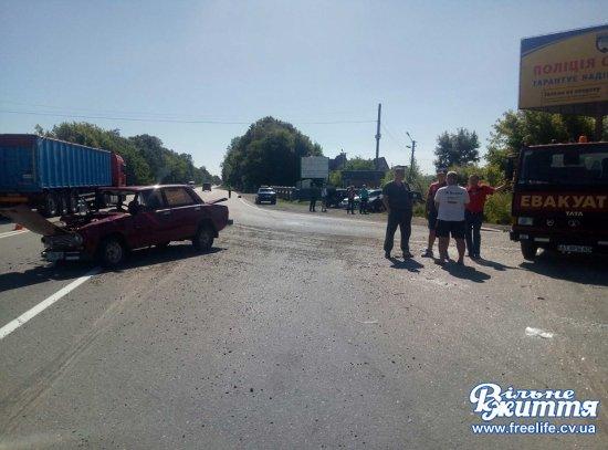 На перехресті в Дубівцях сталася аварія