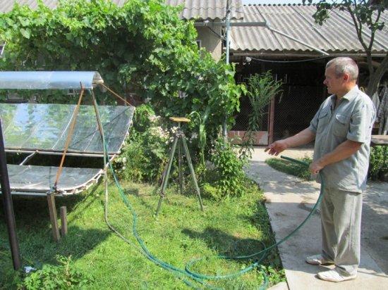Оселю житeля Кіцманя обігріває сонце
