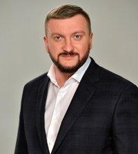 З приводу актуальних земельних питань консультує Міністр юстиції України Павло ПЕТРЕНКО