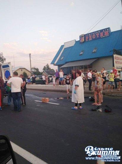 Водій мотоцикла постраждав через зіткнення з авто в Мамаївцях