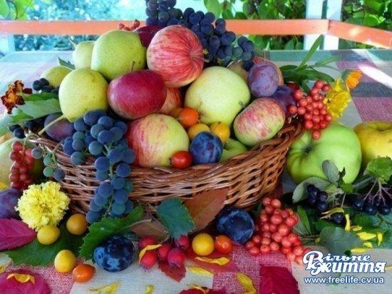 Яблучний Спас: що покласти до кошика