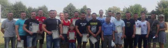 Команди фізкультурно-спортивних клубів Кіцманщини змагалися в армспорті