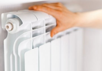 При зниженні середньодобової температури повітря +8 ºС протягом трьох діб буде розпочато опалювальний сезон