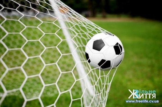 Тривають ігри чемпіонату і першості Кіцманського району з футболу