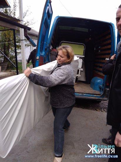 Кіцманський територіальний центр отримав чергову гуманітарну допомогу від громадської організації