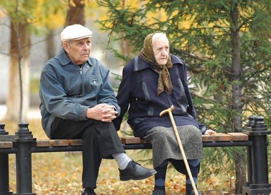 Скільки отримують працюючі пенсіонери з 1 жовтня?