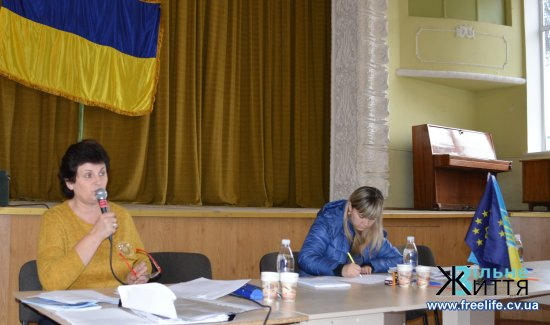 На сесії Мамаївської сільради вирішували, що потрібно зробити для безпеки на центральній автодорозі  (ВІДЕО)