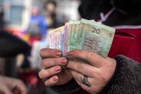 З першого грудня збільшується прожитковий мінімум і соціальні допомоги
