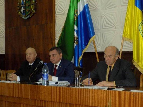 Кіцманська райрада пропонує міській ОТГ взяти на утримання ряд бюджетних установ