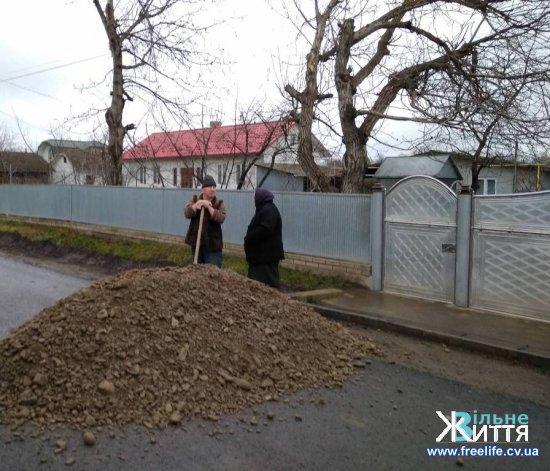 В Киселівському напрямку ремонт дорожнього покриття майже завершено