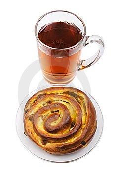 Чай і булочка кожному учневі 1-4 класів у навчальних закладах Кіцманської ОТГ