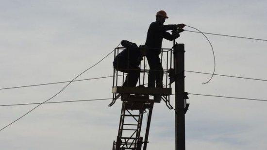 Планові відключення електроенергії в Кіцманському районі 10-12 січня