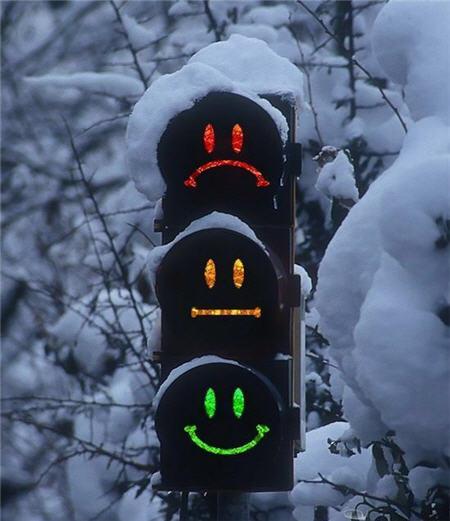 Світлофор на перехресті у Кіцмані не працює через аварію