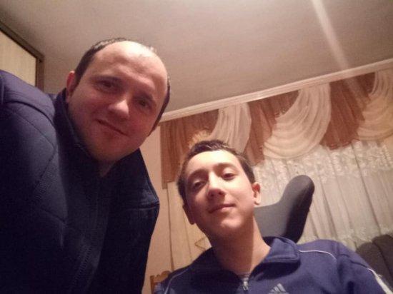 Односельчани просять допомогти хлопчику з Верхніх Станівців на лікування