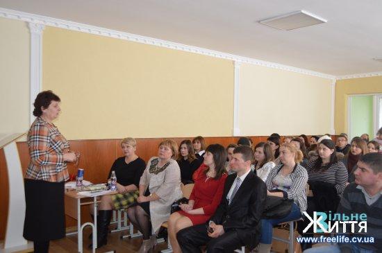 Батьківська громадськість Мамаївського НВК хвилюється чи буде здійснено добудову до однієї з груп