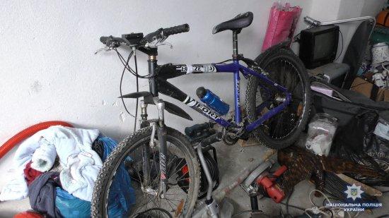 На Кіцманщині поліція спільно з громадянами затримала серійного крадія