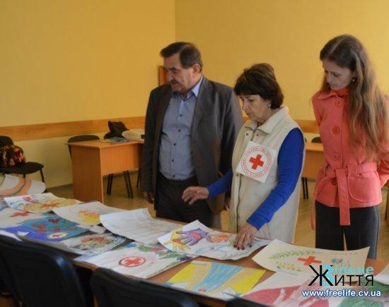На Кіцманщині відбувся конкурс малюнків до 100-річчя Товариства Червоного хреста України