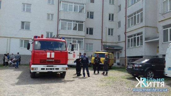 У Кіцмані у житловому будинку виявили вибухонебезпечні предмети