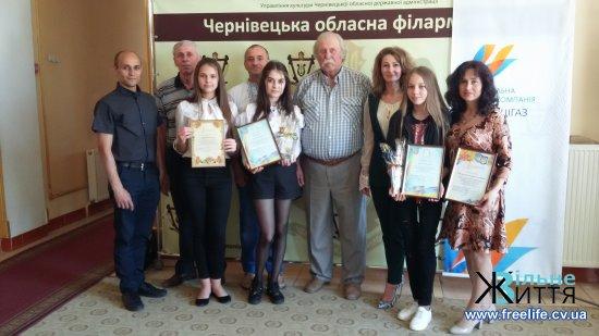 Учні та викладачі Кіцманської художньої школи стали переможцями обласних конкурсів