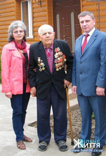 Ветеран з смт.Неполоківці Ілля Руснак ділиться спогадами про Другу світову війну