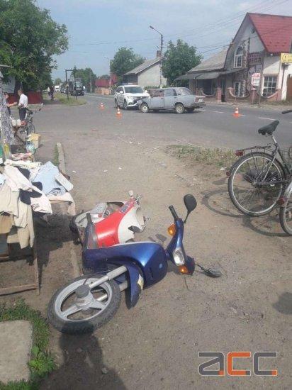 В аварії в Лужанах постраждав водій мопеда