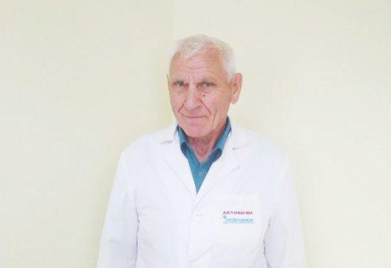 Непростий фах простої людини: роздуми онколога