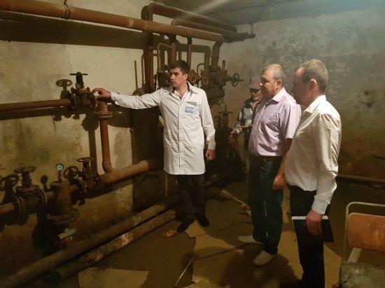 У Кіцманській ЦРЛ заздалегідь готуються зими: вже промито всю опалювальну систему