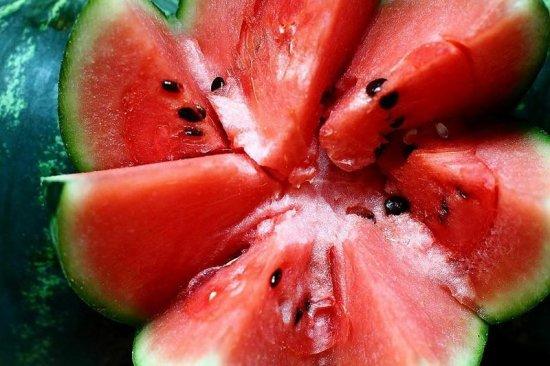 10 дивовижних рецептів страв з кавуна