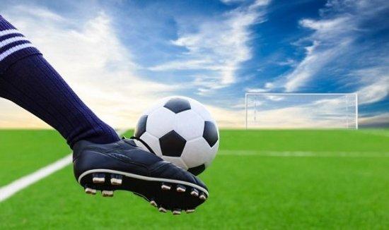 Підсумки дев'ятого туру чемпіонату та першості району з футболу