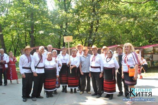 """В Лужанах відбувся регіональний фестиваль """"Заспівай, родино"""""""