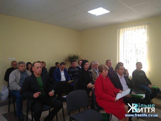Сесія міської ради: Шипинці, Лашківка та Витилівка приєдналися до Кіцманської ОТГ