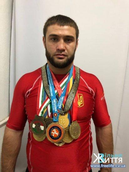 Юрій Чижевський з Малятинців вкотре підтвердив звання чемпіона світу з панкратіону