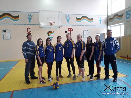 Реваківські учні – переможці районних змагань з волейболу