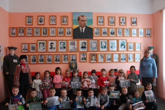 Кіцманським дошкільнятам розповіли про Степана Бандеру