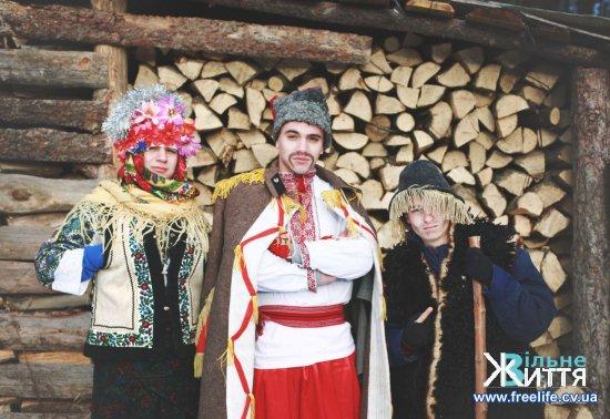 Як жителі Кіцманщини ставляться до традиції маланкування? (бліц-опитування)