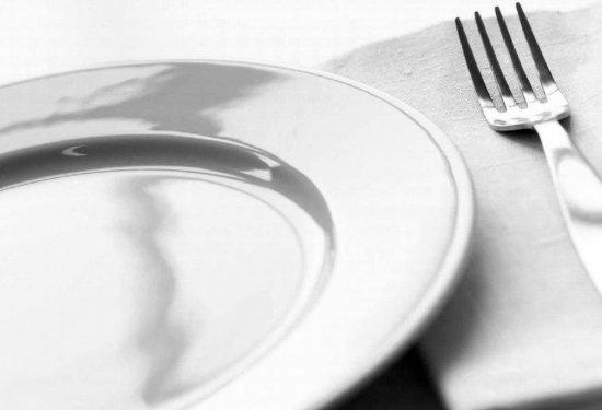 У навчальних закладах  запрутської зони Кіцманщини досі не налагоджено харчування
