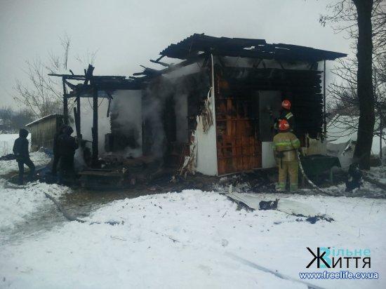 Під час пожежі у власному будинку в Шипинцях загинув чоловік