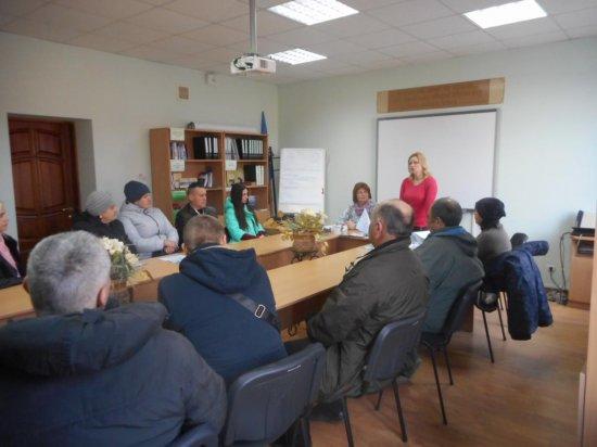 На Кіцманщині безробітних інформують про їхні права та обов'язки