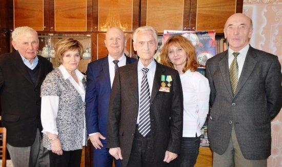 Знаному педагогу, колишньому директорові Кіцманської школи Василю Кононенку — 90 років