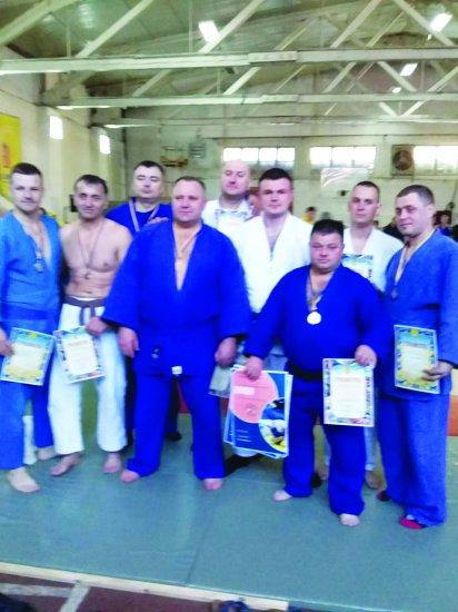 Ветерани-дзюдоїсти з Кіцманського району стали чемпіонами області