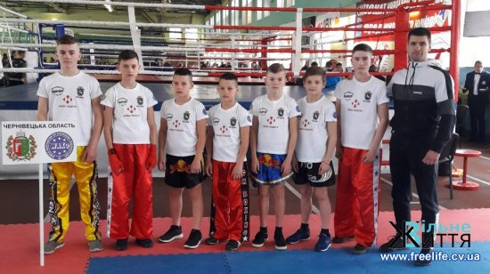 П'ятеро буковинців стали золотими чемпіонами України з кікбоксингу