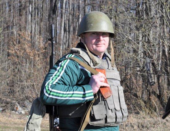 Директор Кіцманської гімназії та боєць підрозділу територіальної оборони
