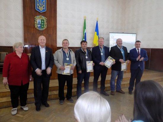 Бюджет і районні програми: відбулася сесія Кіцманської райради