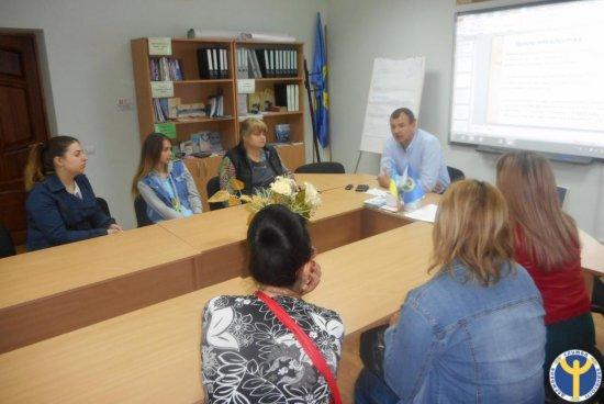 У Кіцмані учасниці клубу для жінок обговорювали тему протидії насильства в сім'ї