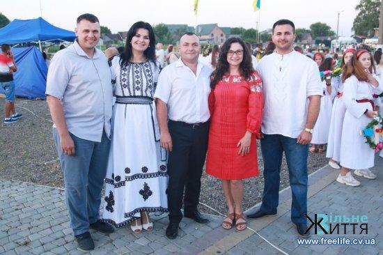 Видовищне дійство купальської ночі відбулося в «Буковинській Трої» в Реваківцях: ФОТОРЕПОРТАЖ