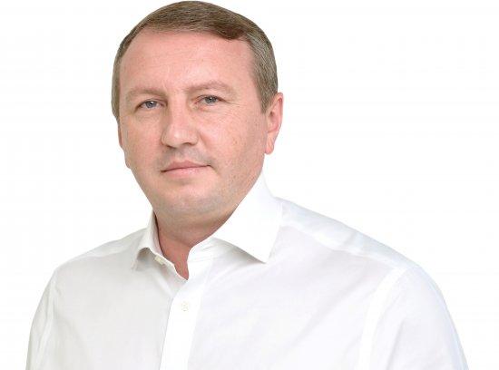 Іван Рибак за соціологічними опитуваннями лідирує на 202-му виборчому окрузі